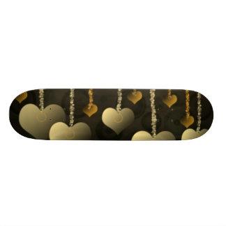 Planche à roulettes accrochante de coeurs planches à roulettes customisées