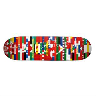 Planche à roulettes asiatique de drapeaux