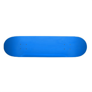 Planche à roulettes azurée plateaux de skateboards customisés