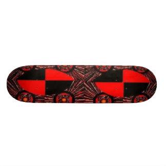 planche à roulettes croisée de motif plateaux de planche à roulettes