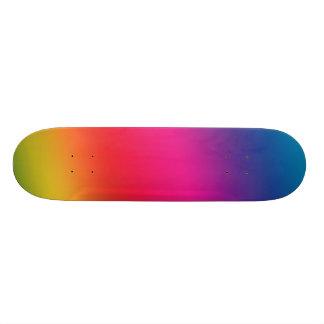 Planche à roulettes d'arc-en-ciel plateaux de skateboards