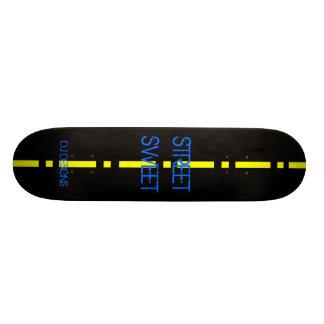Planche à roulettes de BONBON à RUE