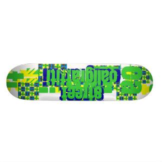 Planche à roulettes de Caligraffiti de rue Plateau De Planche À Roulettes