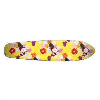 Planche à roulettes de fleuriste plateaux de skateboards customisés