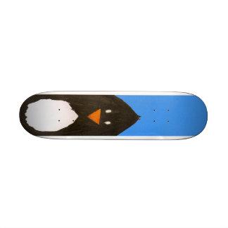 Planche à roulettes de pingouin plateaux de skate