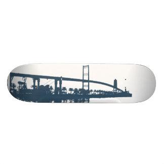 Planche à roulettes de pont de Vincent Thomas Plateaux De Planche À Roulettes