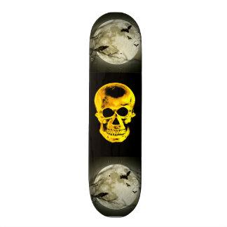Planche à roulettes d'or de crâne skateboard customisable