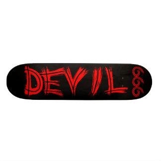 Planche à roulettes du diable 666 skateboard old school 18,1 cm