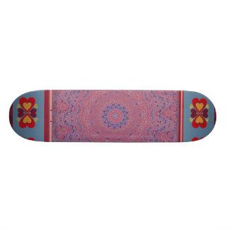 Planche à roulettes folklorique de motif de coeur planche à roulette