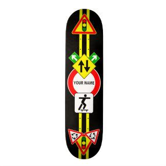 Planche à roulettes NOMMÉE de PLAQUE DE RUE Plateaux De Skate