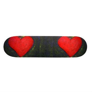 Planche à roulettes peinte de coeur planches à roulettes customisées