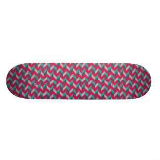 Planche à roulettes rouge géométrique en arête de skateboards personnalisés