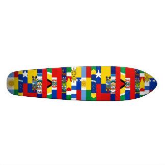 Planche à roulettes sud-américaine de drapeaux