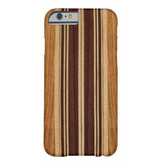 Planche de surf en bois de Koa de Faux de Nalu Lua Coque iPhone 6 Barely There