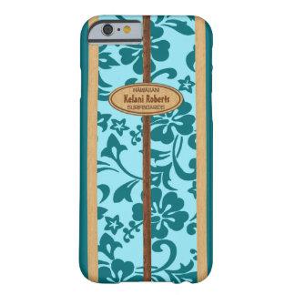 Planche de surf en bois de monogramme de Faux Coque Barely There iPhone 6