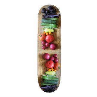 Planches À Roulettes Customisées Planche à roulettes végétarienne d'arc-en-ciel