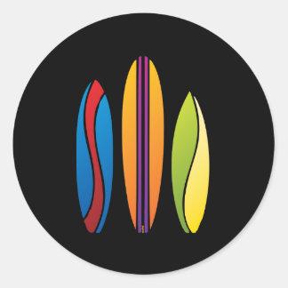 Planches de surf colorées sticker rond