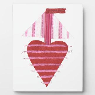 Plaque Photo Bateau de Loveheart sur un chevalet