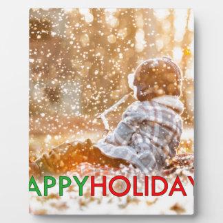 Plaque Photo Bonnes fêtes peu d'enfant jouant dans la neige