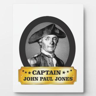 Plaque Photo capitaine jaune Jones