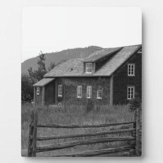 Plaque Photo Chambre par les montagnes - noires et blanches