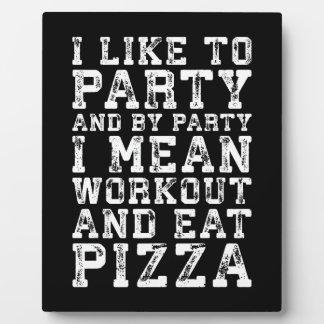 Plaque Photo La séance d'entraînement et mangent de la pizza