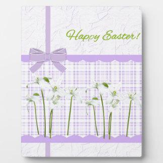 Plaque Photo Lis de Pâques sur le guingan de lavande et le joli