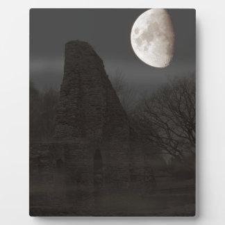 Plaque Photo lune sur la ruine