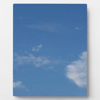 Plaque Photo nuages bleu-foncé de blanc de ciel
