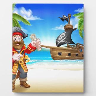Plaque Photo Personnage de dessin animé de pirate sur la plage