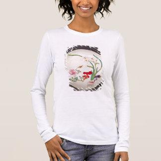 Plat de porcelaine, décoration rose de famille, t-shirt à manches longues