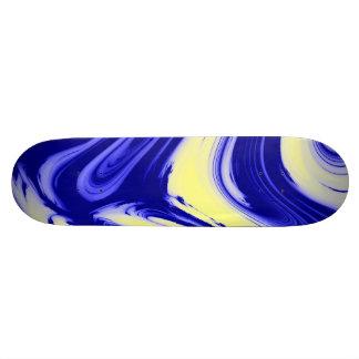 Plate-forme de marbre jaune bleue de planche à plateau de skateboard