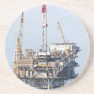 Plate-forme pétrolière dessous de verres