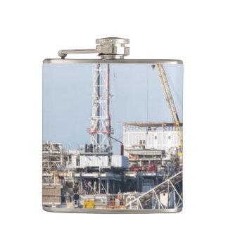 Plate-forme pétrolière flasques