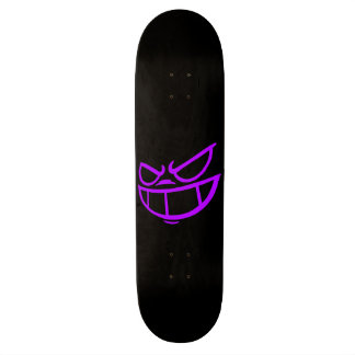 Plate-forme pourpre et noire de Smile™ fantôme de Skateboards Personnalisables