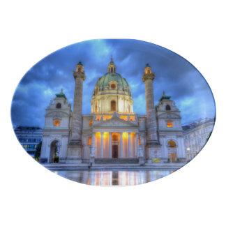 Plateau De Service En Porcelaine L'église de Charles de saint à Vienne, Autriche