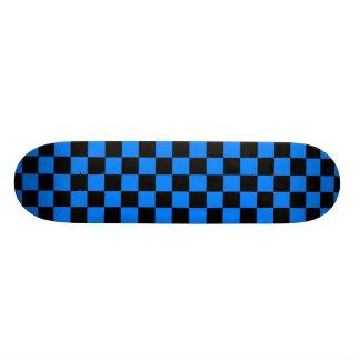Plateaux De Skateboards Planche à roulettes noire et bleue de damier