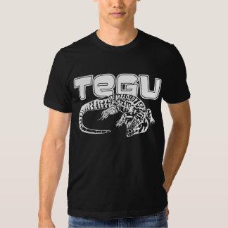 Plein corps de Tegu T-shirts