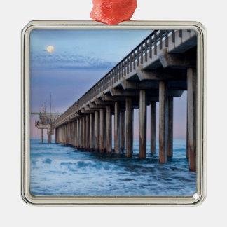 Pleine lune au-dessus de pilier, la Californie Ornement Carré Argenté