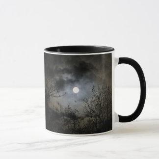 Pleine lune une nuit foncée mystique tasses