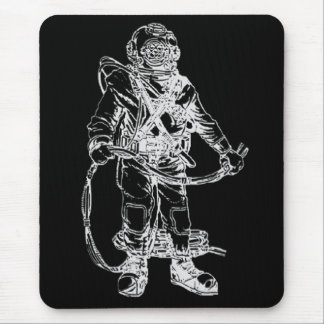 Plongeur de MKV dans le noir Tapis De Souris