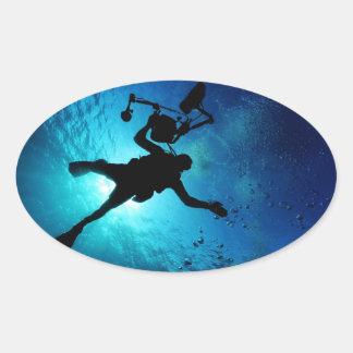 Plongeur sous-marin sticker ovale