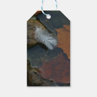 Plume blanche étiquettes-cadeau