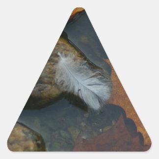 Plume blanche sticker triangulaire