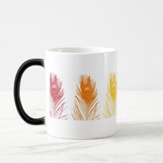 Plume de paon d'arc-en-ciel mug magic