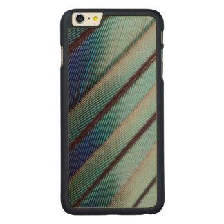 Plume lilas bleue de rouleau de Breasted Coque Carved® En Érable Pour iPhone 6 Plus Case