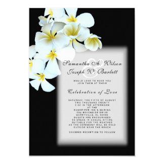 Plumeria sur le faire-part de mariage hawaïen noir