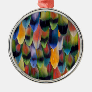 Plumes colorées de perroquet de perruche ornement rond argenté