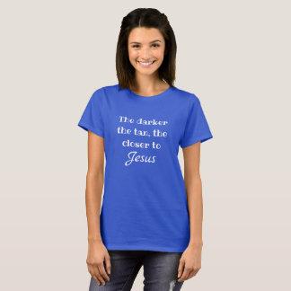 Plus près du T-shirt de Jésus