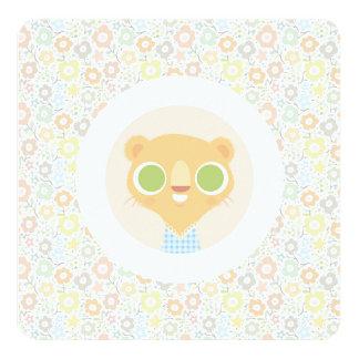 Plushie mignon de lionne et motif floral faire-part